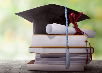 Récompense aux jeunes diplômés
